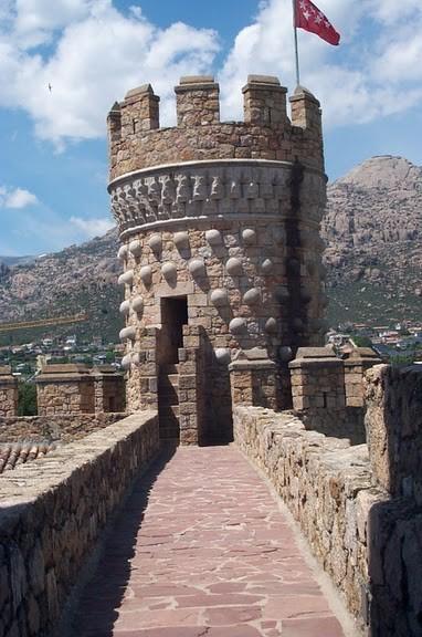 Замок в Мансанарес Эль Реал 95501