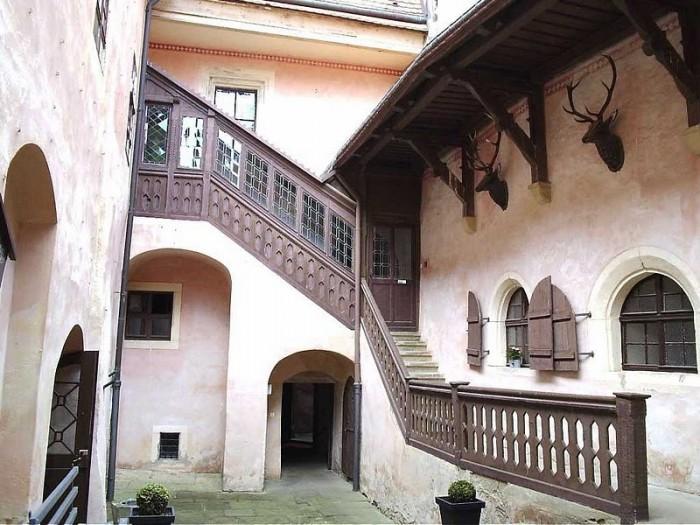 Das Schloss Kuckuckstein 34743