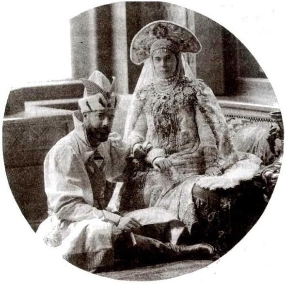 1353580 1903 ball   sandro and xenia Царь Николай II возрождал Россию. Собрание редких фотографий