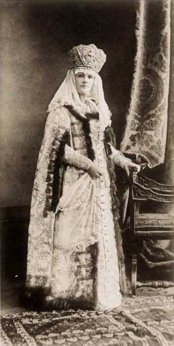 1353596 1903 ball   belyaeva Царь Николай II возрождал Россию. Собрание редких фотографий