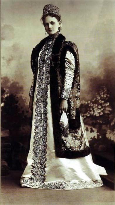 1353648 1903 ball   anna serg. istomina Царь Николай II возрождал Россию. Собрание редких фотографий
