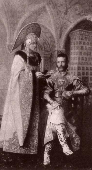 1353650 1903 ball   eliz. fed. and serg. alex Царь Николай II возрождал Россию. Собрание редких фотографий