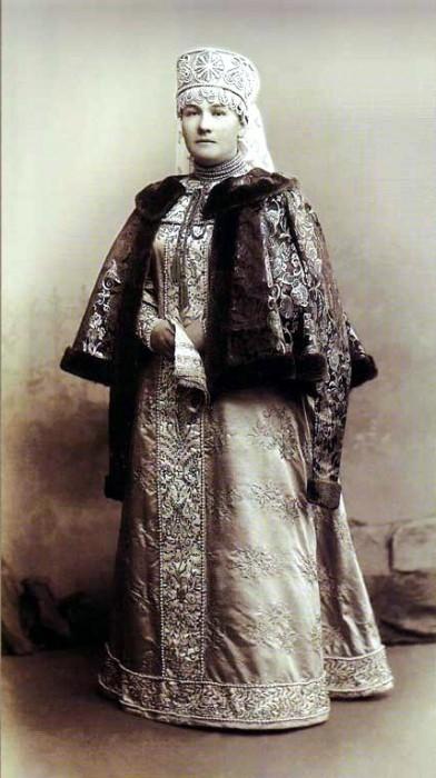 1353656 1903 ball   sofia dm. evreinova Царь Николай II возрождал Россию. Собрание редких фотографий