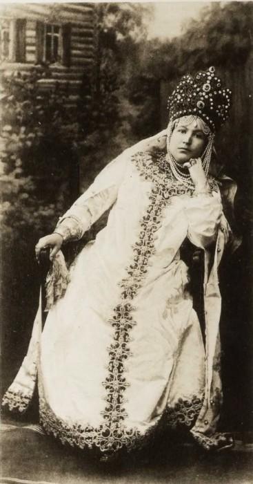 1353662 1903 ball   duchess leuchtenberg Царь Николай II возрождал Россию. Собрание редких фотографий