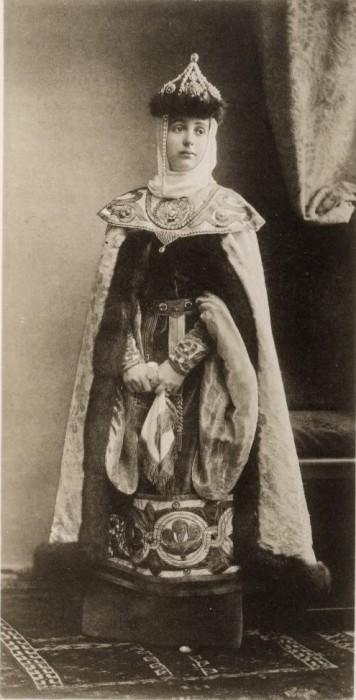1353702 1903 ball   skoropadskaya Царь Николай II возрождал Россию. Собрание редких фотографий