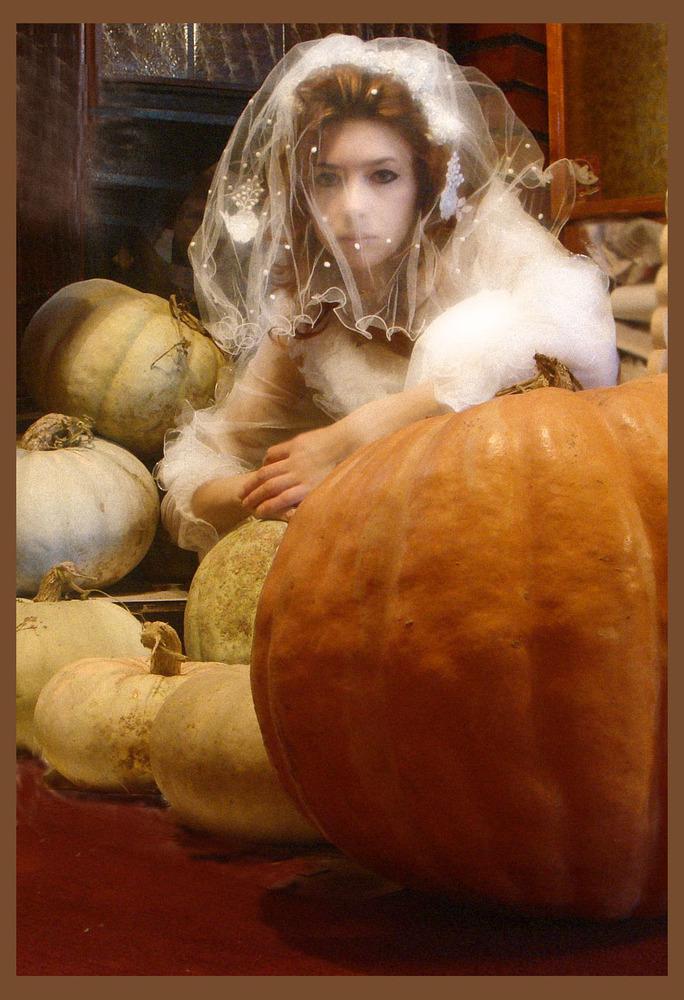 Irogoto: труп невесты среди тыкв