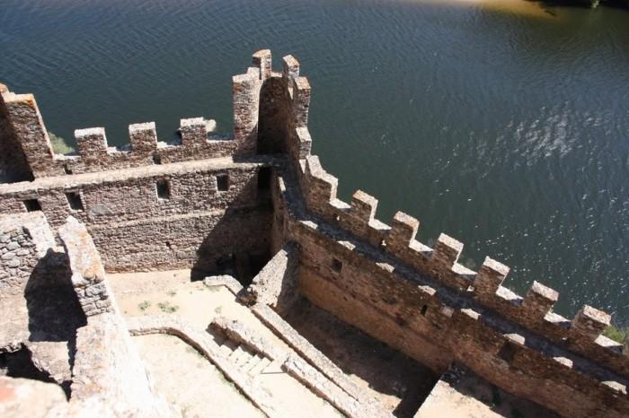 Замок Альмурол (Castelo de Almourol) 47204