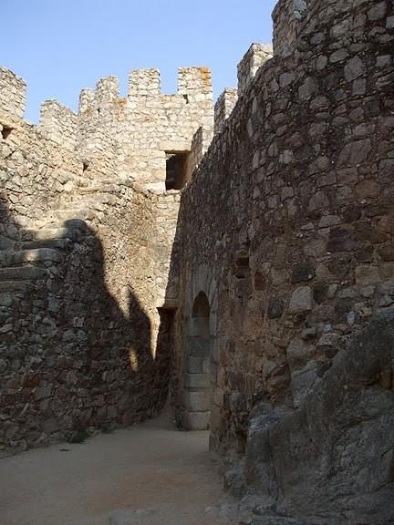 Замок Альмурол (Castelo de Almourol) 54637