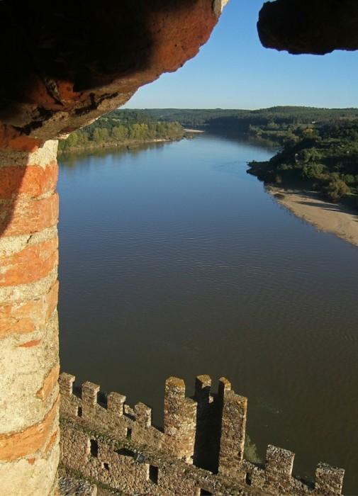 Замок Альмурол (Castelo de Almourol) 15810