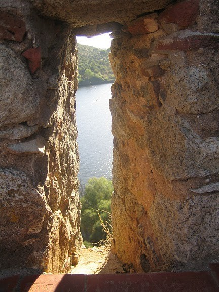Замок Альмурол (Castelo de Almourol) 94287