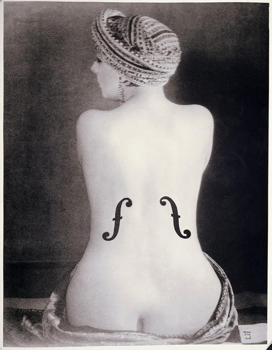 Ман Рэй. Скрипка Энгра. 1924 г. © Man Ray