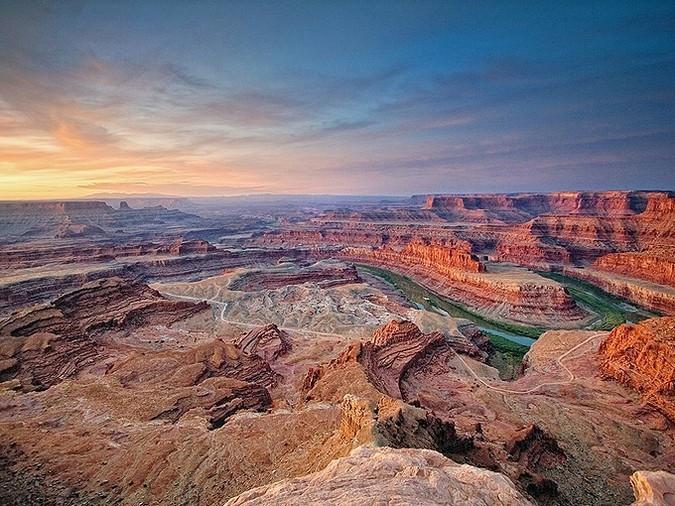 Пейзаж с каньоном. Штат Юта. Фото дня от 30 апреля 2010 года. Christopher Zimmer.