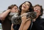 Рискованный фото-колл с актрисой Малликой Шерават.