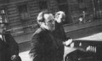 4 июня 1972 года Иосиф Бродский покинул Советский Союз, как оказалось - навсегда. Власти поставили для него выбор: либо психиатрическая больница, либо эмиграция. Сначала он отправился в Европу, потом в Америку.