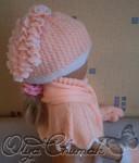 2. Зимний двойной комплект: шапка, шарфик, манишка, варежки.