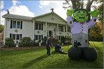 Посмотреть все фотографии серии House Halloween