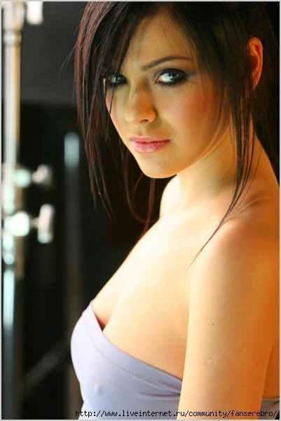 Сексуальные фотографии и видео Елена Темникова и других звезд на сайте Starsru.ru