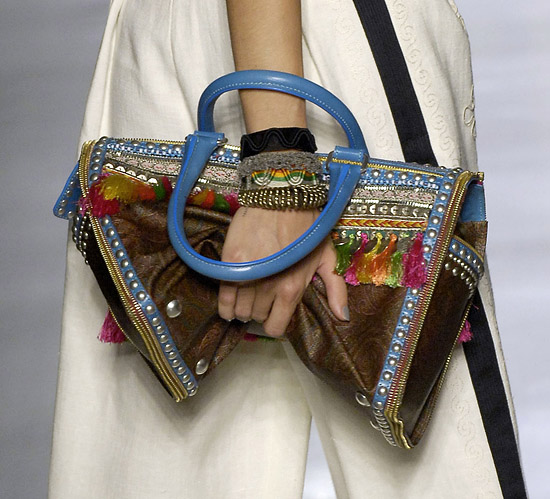 Итальянские сумка etro