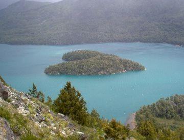 Местечко на озере Гутиеррес в Патагонии