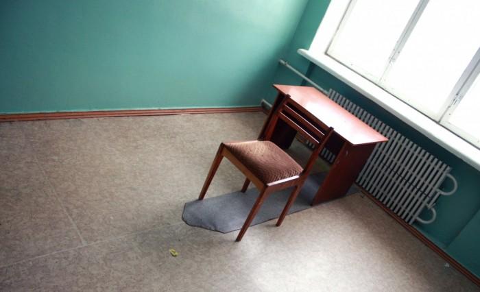 как всегда одни стулья