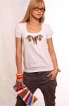 """футболка """"павлин"""" клатч радуга на бел основе"""