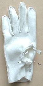 бяла ръкавица