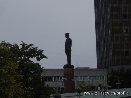 Шарль де Голль памятник в Москве zaitsev.cn Дмитрий Зайцев