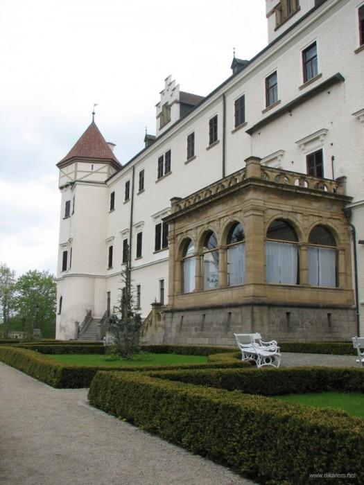 ЧЕХИЯ: Замок Конопиште 47220