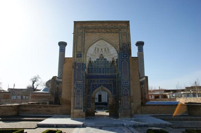 Гур-Эмир (узб. Gur Amir, тадж. Гури Амир) 21730