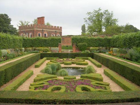 Сад дворца Хэмптон-Кор 17258