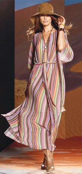 Платье-туника - модная вещь лета 2011.