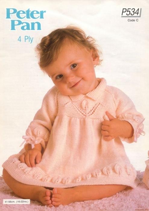Вяжем теплое платье девочке до года