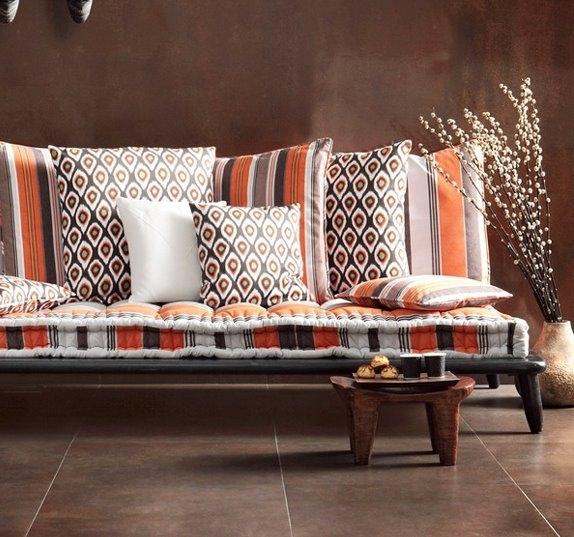 Африканский стиль декора выглядит экзотично, ярко и эффектно.