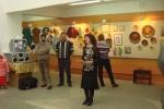 Открывает выставку организатор,преподаватель Худ.Школы Светлана Атанова