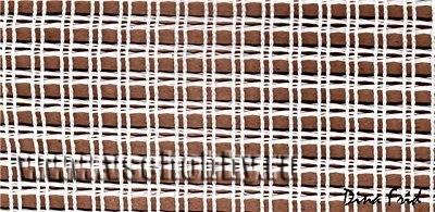 Ковровую канву с крупными ячейками можно найти во многих магазинах для рукоделия, она продаётся на метраж в рулонах шириной метр.
