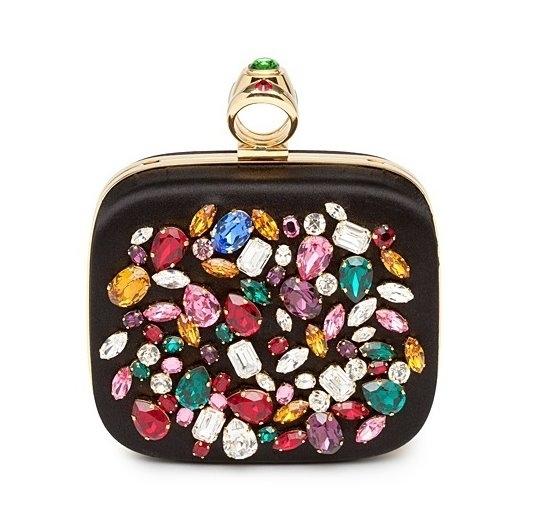 Мужские и женские сумки из новых коллекций линий D&G и Dolce & Gabbana.