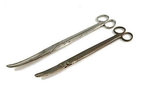 Декапитирующие эмбриотомические ножницы Дубуа Эти инструменты использовались, чтобы отрывать голову, руки и ноги.