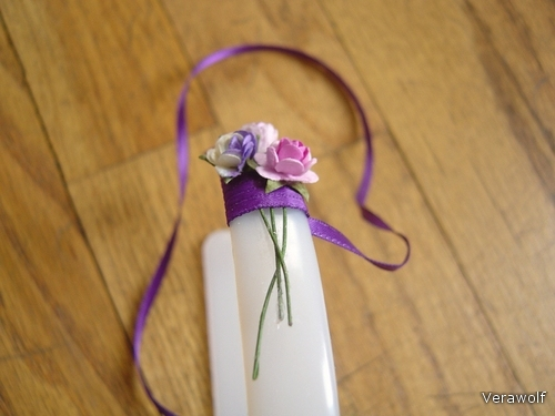 Tape covers the legs of flowers.