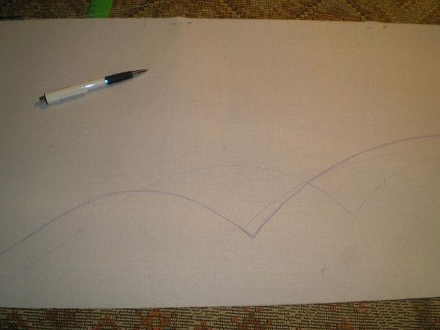 Беру 3 метра бандо(жёсткая клеевая прокладка,) рисую нужной формы ламбрекен