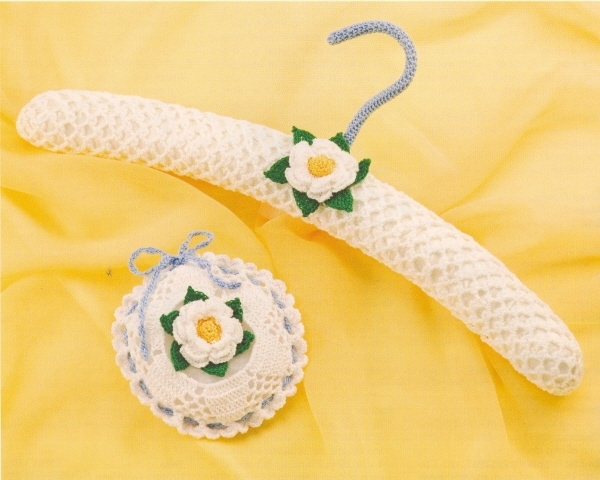 lacy hangers & sachets – crochet magazines