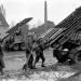 Расчет заряжает «Катюшу» Берлин. 1945