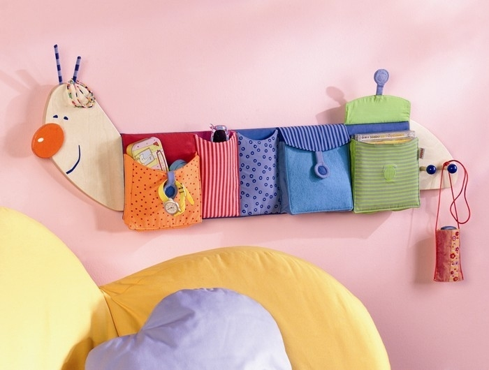 Textile organizers and wall pockets: more ideas for sewing.