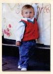 Вязанный жилет для малыша.
