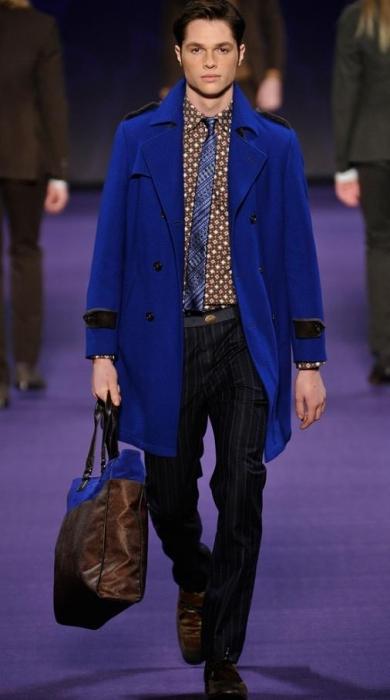 В моду войдет мужское пальто 2012 в стиле милитари, как у Acne и Giorgio...
