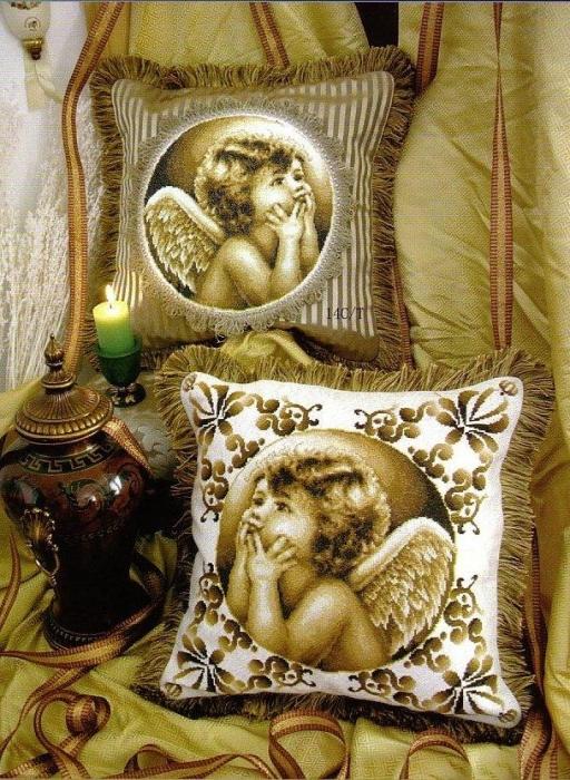 Подушка ангел