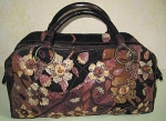 Замшевая сумка, аппликация из кожи питона, декор янтарем.
