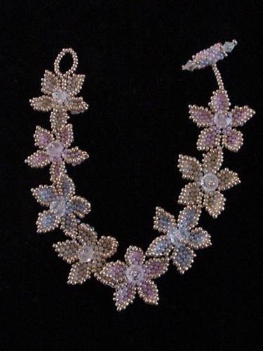 crafty jewelry: beaded necklace