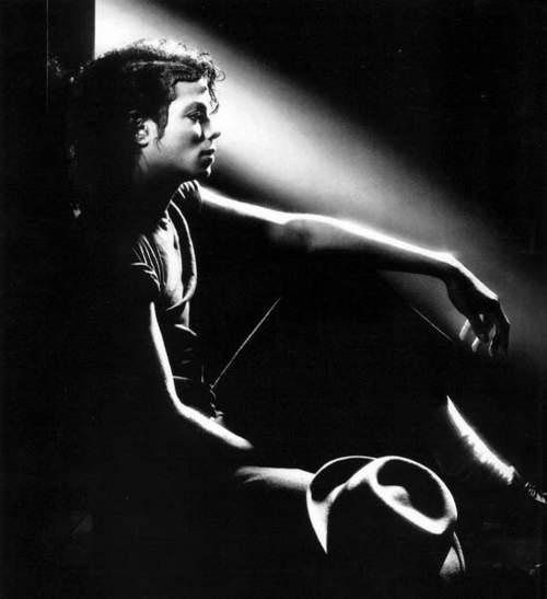майкл джексон фото чёрно белое