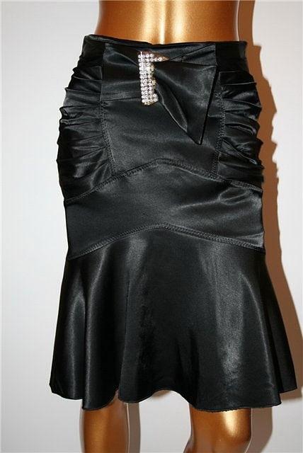 у мну оказалось на это лето три длинных юбки - все ярусами. одна...