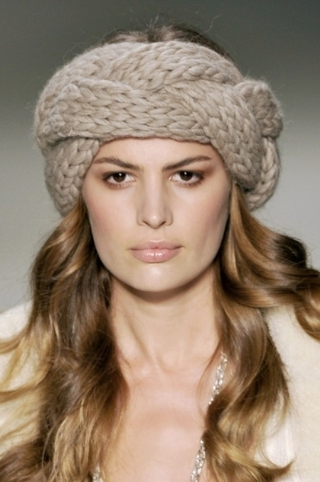 Мода на повязки на голову весной 2011